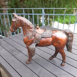 Very detailed vintage copper plated horse